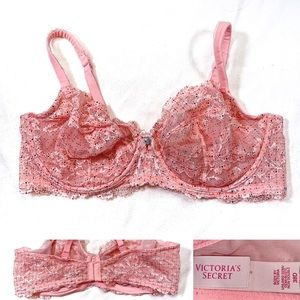 VS 38D BODY by VICTORIA Coral w/Navy Speckles Lace